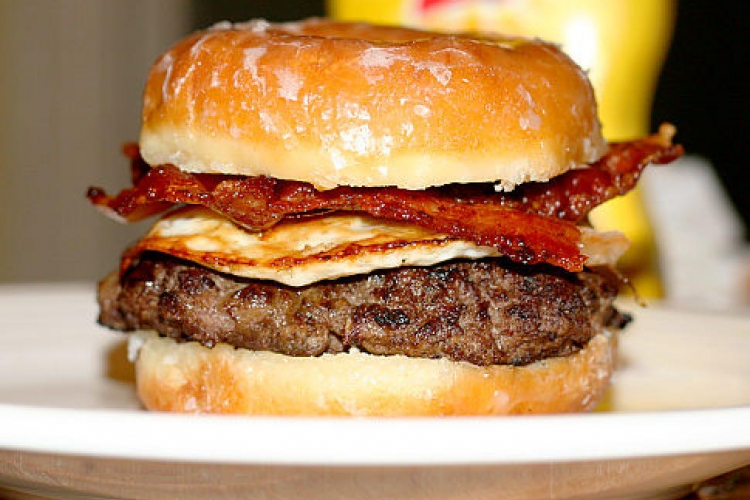 alg-donut-burger-jpg
