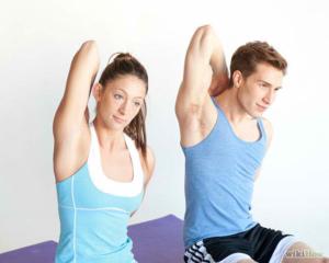 3 essential stretches for triathletes